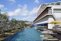 【夏休み特別企画】清々しい神戸の朝を愉しむ「朝SUPヨガ」
