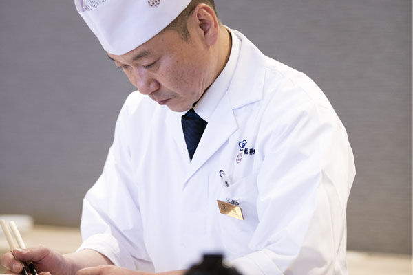【万蓮~4月のお料理~】兵庫五国の旬食材と割烹旅館の技で作る春の味覚が勢ぞろい