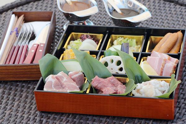 【好評につき8月も延長!】@nifty温泉西日本1位受賞記念 平日限定プールサイドBBQキャンペーン