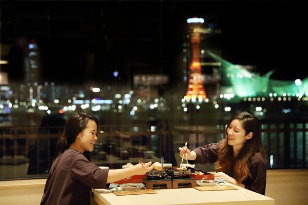 神戸ルミナリエの後は、蓮の天然温泉であったまろう!