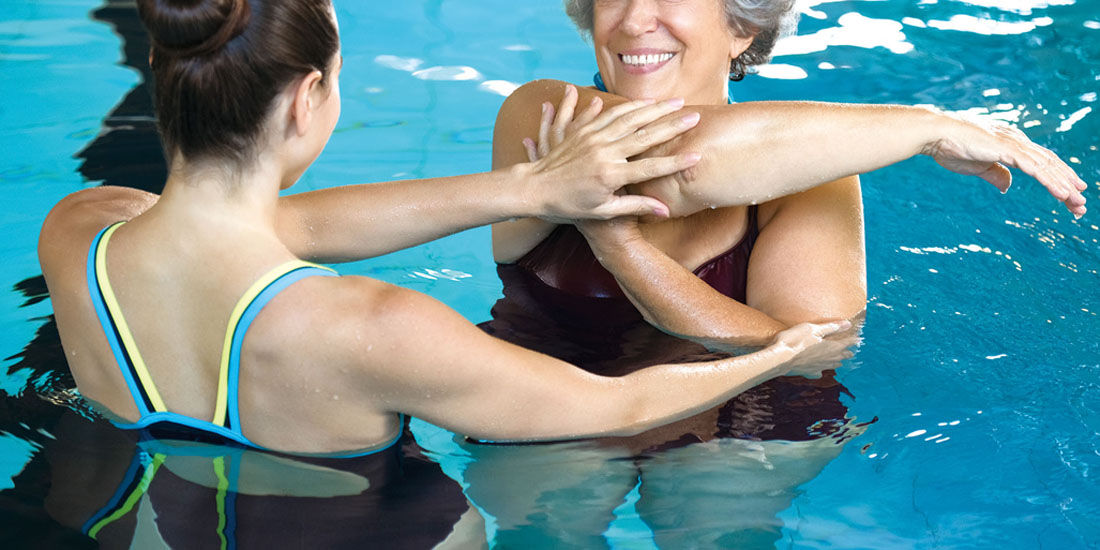 水の抵抗を生かして身体を鍛える「アクアトレーニング」