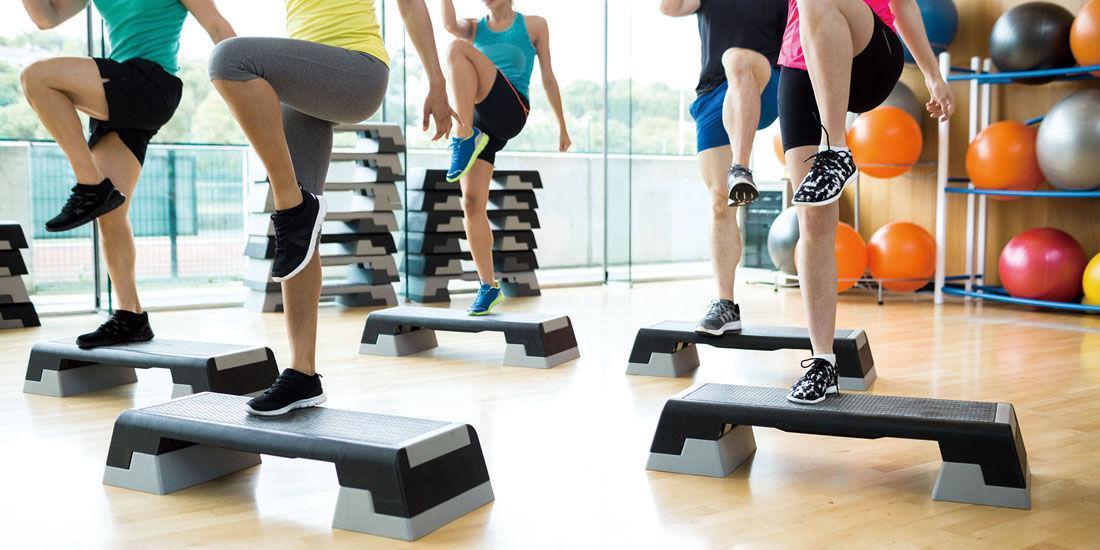 【新プログラム】音楽に合わせて身体を動かす「ステップエクササイズ」登場