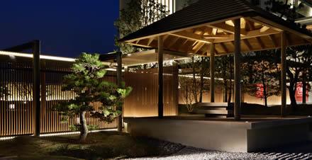 日本庭園の東屋「望海亭 海舟」の写真