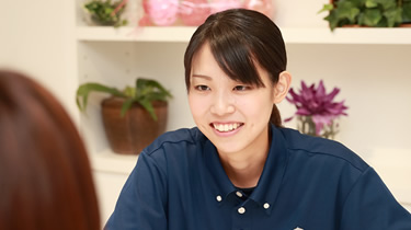 神戸みなと温泉 蓮の健康増進スタッフ