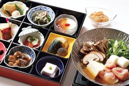 天然温泉と特別昼御膳のランチプラン【くつろぎプラン】