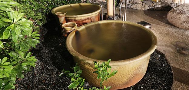 湯を独り占めする「壺湯」