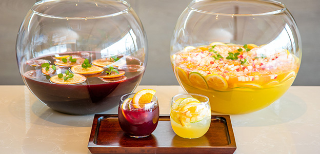 フレッシュな果汁たっぷりの「自家製フルーツパンチ」