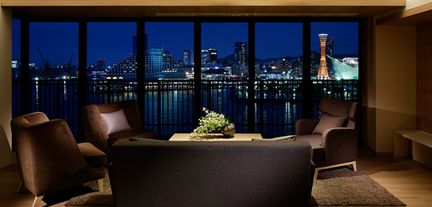 神戸港の夜景が存分に楽しめる客室