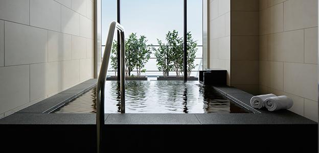 神戸港の空が望める客室の展望半露天温泉
