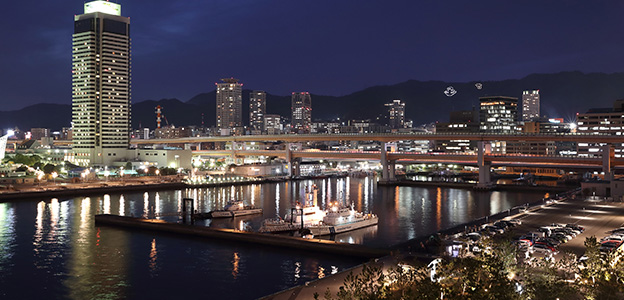 「神戸みなと温泉 蓮」から見た港の夜景