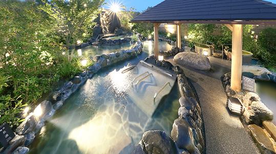 神戸みなと温泉 蓮の露天大浴場