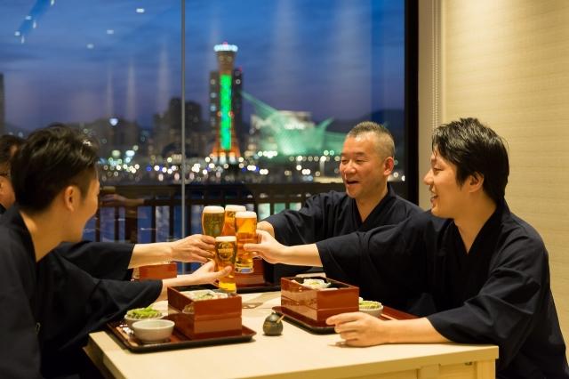 「神戸みなと温泉 蓮」が宴会に最適な理由とは?